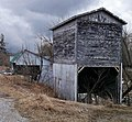 Moe`s curious shed - panoramio.jpg