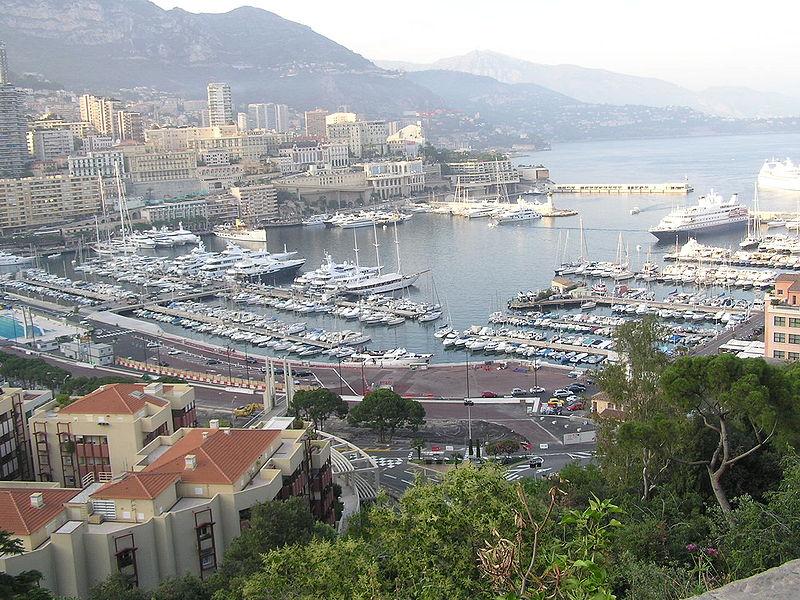 Soubor:Monaco city and harbour.jpeg