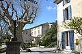 Montbrison-sur-lez - maison avec pigeonnier.JPG