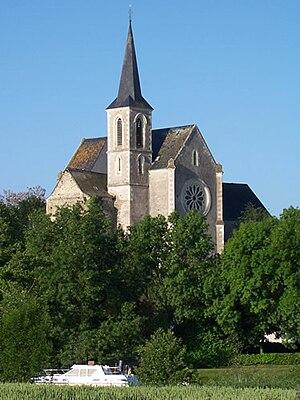 Montreuil-sur-Maine - The church in Montreuil-sur-Maine