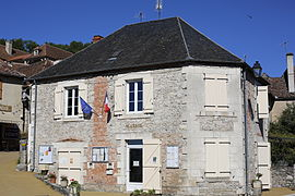 The town hall in Montvalent