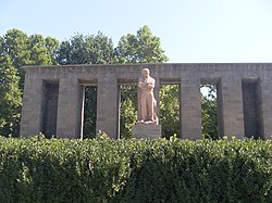 Monument of Stepan Shahumyan (12).JPG