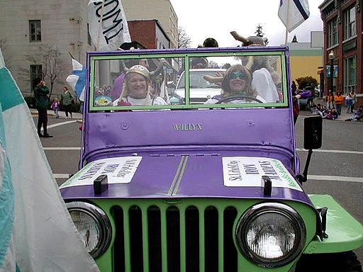 Mt. Hood Scenic Byway - St. Urho's Day Parade - NARA - 7720488