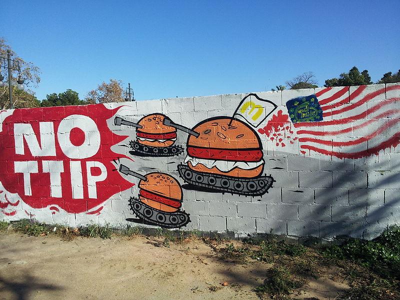 File:Mural TTIP València graffiti - 4.jpeg