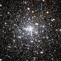 NGC 6752 Hubble WikiSky.jpg
