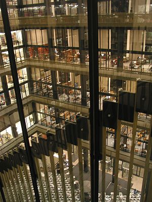 Elmer Holmes Bobst - A view of the interior of Bobst Library