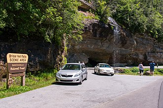 Bridal Veil Falls (Macon County) - Visitors enjoying Bridal Veil Falls