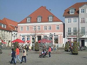 Neuer Markt Waren Müritz Ostseite