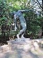 Niederländisches Ehrenfeld Skulptur.jpg