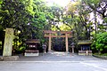 Omiwa Shrine, Torii (Gate) -1 (May 2016) - panoramio.jpg
