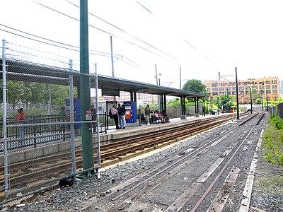 خیابان اورنج (ایستگاه انالآر)