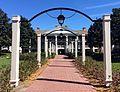 Orlando - Disney World - Disney's Port Orleans Resort - Riverside - Magnolia Terrace (17219329245).jpg