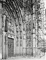 Overzicht van het portaal van het noordtransept - 's-Hertogenbosch - 20424784 - RCE.jpg