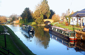 Oxford Canal - The canal and locks at Hillmorton