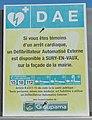 Panneau pour DAE, Sury-en-Vaux.jpg