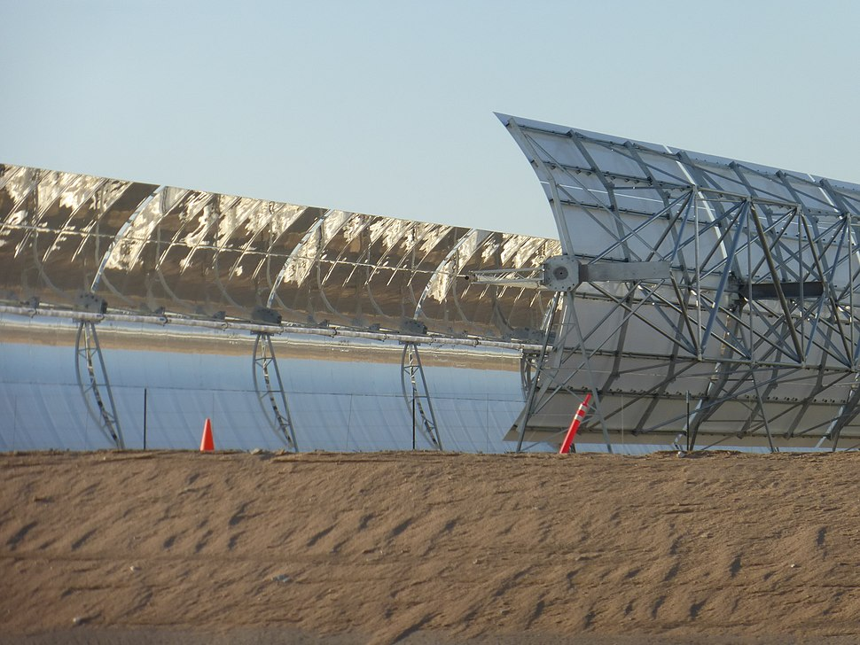 Parabolic trough near Harper Lake in California front and back