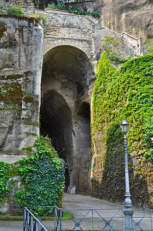 Crypta Neapolitana - Entrance to the Crypta Neapolitana from the Naples side.