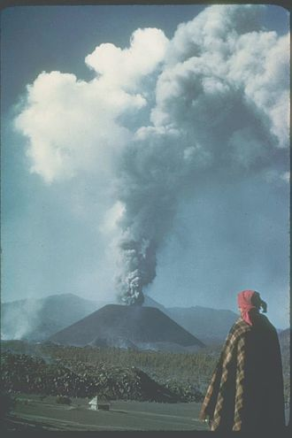 Michoacán–Guanajuato volcanic field - Image: Paricutin 30 612