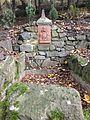 Park Villa Haas - Reminiszenz an Götz v. Berlichingen (Relief).jpeg
