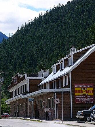 Pemberton, British Columbia - Image: Pemberton, 8 juin 2008