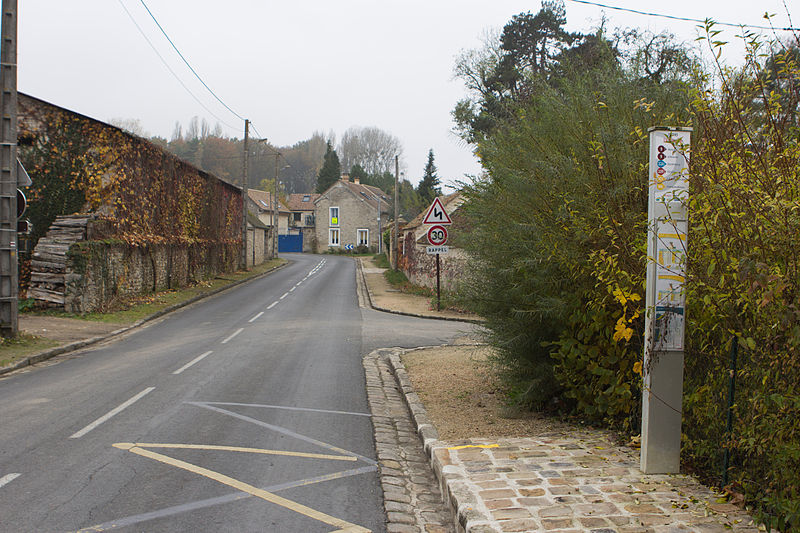 File:Perthes-en-Gatinais - Hameau de La Planche - 2012-11-14 - IMG 8235.jpg