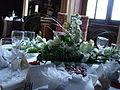 Petite table dans grande salle à manger.JPG
