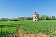 Pigeon house of the castle of Assier 02.jpg