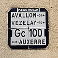 Plaque Michelin - Avallon-Vézelay à Châtel-Censoir (Yonne, France).jpg