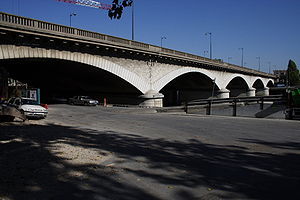 Pont National Paris FRA 002.JPG