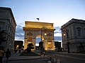 Porte du Peyrou (4325514996).jpg