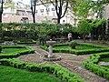 Príncipe de Anglona Garden in Madrid.jpg