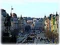 Prag - Wenzelsplatz mit dem Monument des Heiligen Wenzel vom Nationalmuseum aus gesehen - Václavské náměstí viděn s památníku Svatováclavské z Národního muzea - panoramio (1).jpg