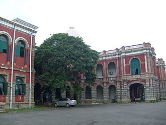 Presidency College, Chennai - The main buildings of the Presidency College, Chennai