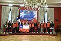 Presidenta entregó bandera de Chile a la delegación que representará al país en las Olimpiadas (27544942500).jpg