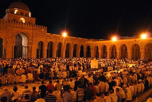 Prière de Tarawih dans la Grande Mosquée de Kairouan. Ramadan 2012