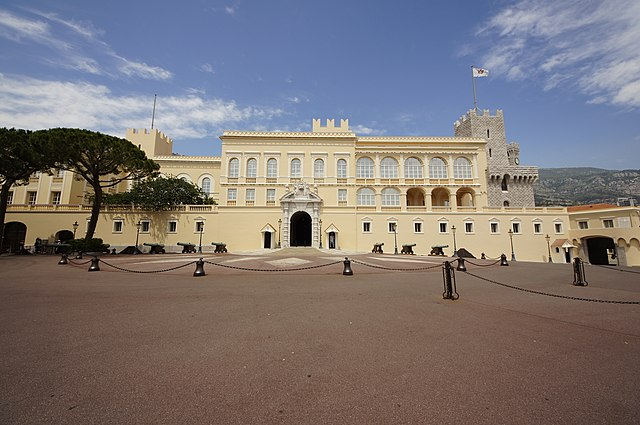 Княжеская семья вчера приняла участие в праздновании Национального дня Монако
