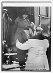 Princess Aug. Wilhelm visiting a hospital train LCCN2014697331.jpg