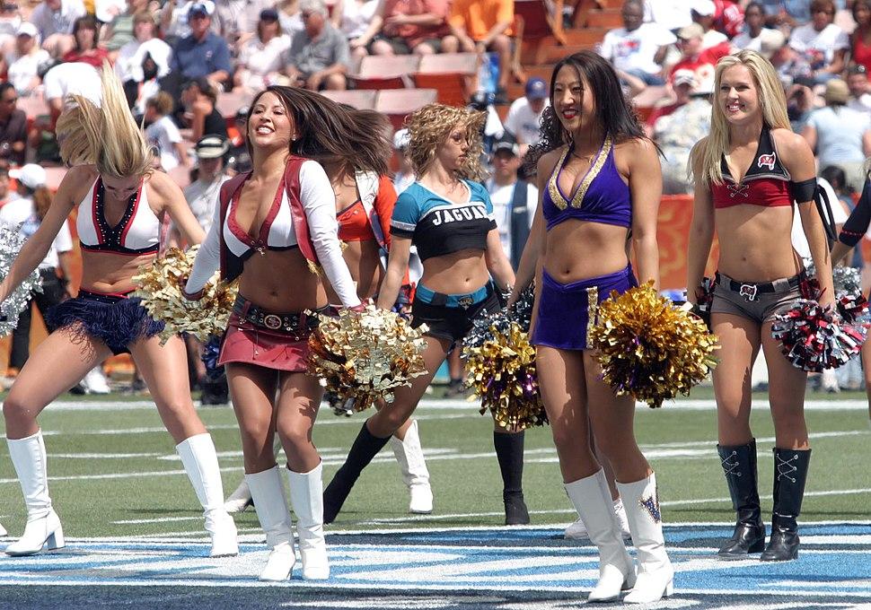 Pro Bowl 2006 cheerleaders
