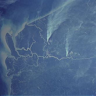Rajang River - The Rajang delta