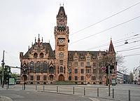 Rathaus Saarbruecken.jpg