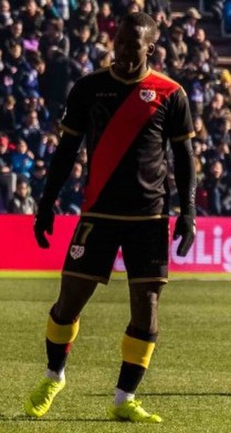 Luis Advíncula - Advíncula with Rayo Vallecano in 2019