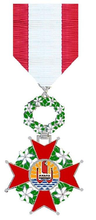 Order of Tahiti Nui - Image: Ridder in de Orde van Tahiti Nui
