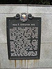 Rizal's execution site historical marker at Rizal Park, Manila.jpg