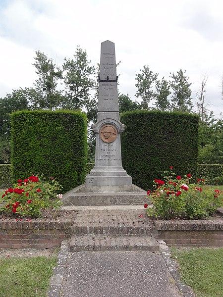 Romery (Aisne) monument aux morts