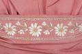 Rosa sidenripsklänning, tvådelad med broderade blommor i vitt och gult. Tillhört Irma von Geijer - Hallwylska museet - 89314.tif