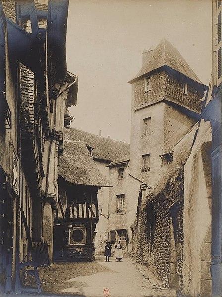 File:Rue de Quimperlé vers 1900.jpg