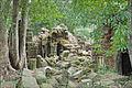 Ruines dun temple khmer (Phnom Kulen) (6825022133).jpg