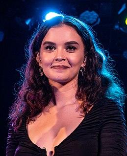Sabrina Claudio Cuban-American singer and songwriterr