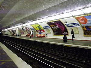 Saint-François-Xavier (Paris Métro) - Image: Saint François Xavier metro quai 02