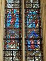 Saint-Germer-de-Fly (60), Sainte-chapelle, vitrail n° 0 - registres médians - Christ créateur, Calvaire, saint Germer, saint Germer en prière.jpg